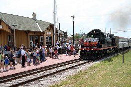Austin Steam Train Association's Hill Country Flyer, Cedar Park to Burnet