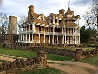 Sequist Mansion
