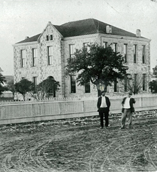 Rocksprings Courthouse-1897